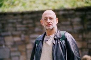 Alberto Guzik, diretor-pedagógico da <i>SP Escola de Teatro</i>